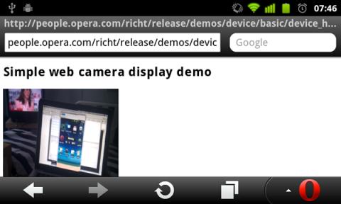 Device-Element erlaubt Webapplikationen Zugriff auf integrierte Kameras.