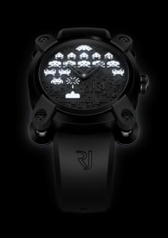 """""""Night""""-Variante der Space-Invaders-Uhr"""