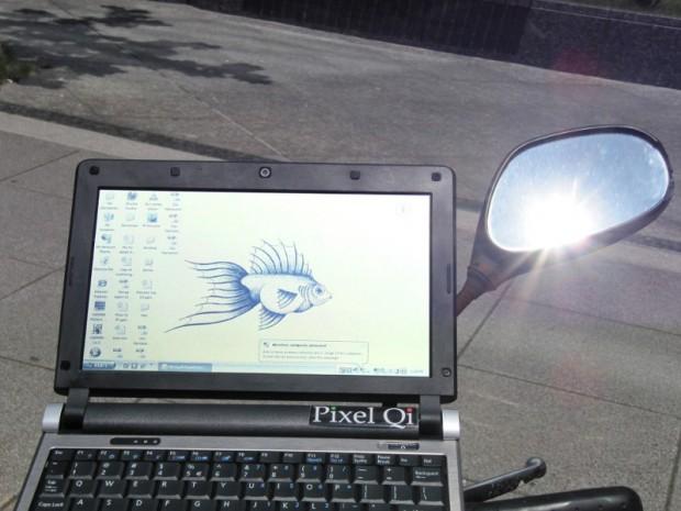 Die Pixel-Qi-Displays können im Tageslicht auch ohne Backlight und damit stromsparender genutzt werden. (Bild: Pixel Qi)