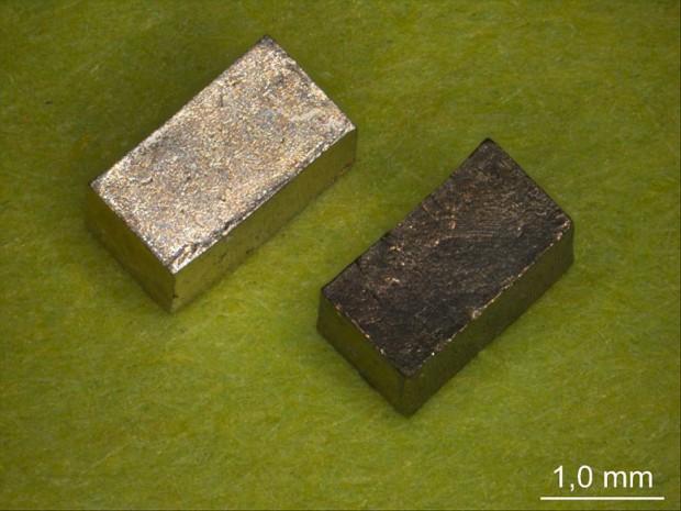 Ein Nanomaterial aus Gold kann seine Festigkeit durch elektrische Spannung verändern. (Foto: TU Harburg)
