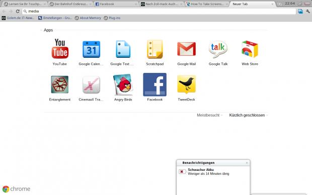 Chrome OS: Ein Browser mit Tabs und kleine Anwendungen unten. Eine Akkuwarnung wird unten angezeigt.