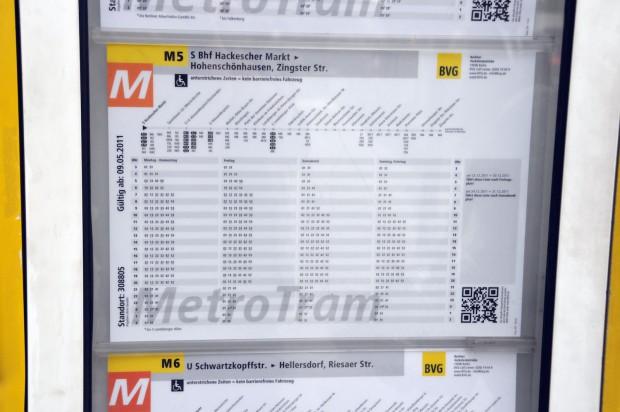 Pläne der BVG besitzen schon seit Jahren QR-Codes. (Bilder: Andreas Sebayang)