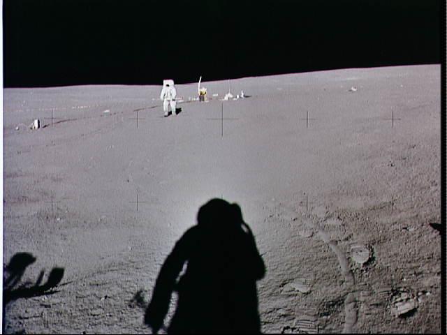 Kamera-Versteigerung: Nasa verklagt Apollo-14-Astronauten - Mitchell auf dem Mond (Foto: Nasa)