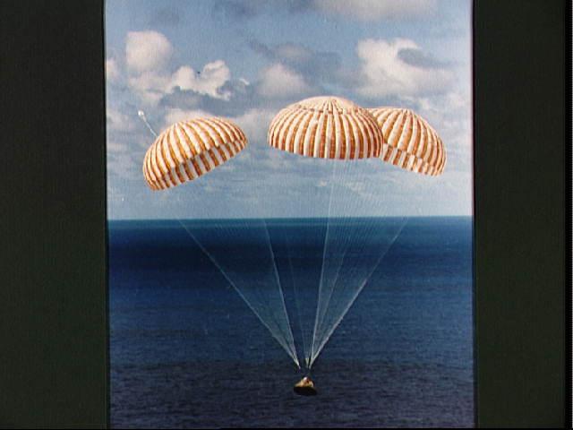 Kamera-Versteigerung: Nasa verklagt Apollo-14-Astronauten -