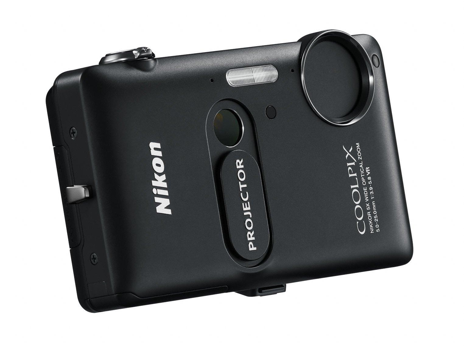 Nikon: Projektor mit iPhone-Anschluss in der Digitalkamera - Nikon Coolpix S1200pj (Bild: Nikon)