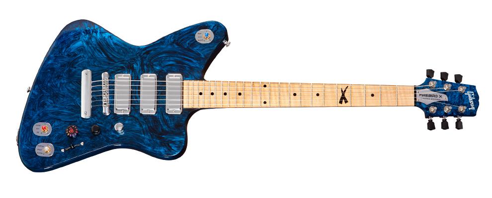 Gibson Firebird X: Hightech-Gitarre mit eigenem App-Store - Gibson bietet die Firebird X mit blauem... (Foto: Gibson)