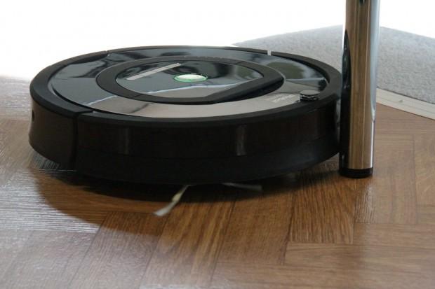 Ein Roomba der neuen Serie auf der Ifa (Foto: Werner Pluta)