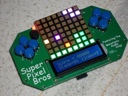 Super Pixel Bros auf dem Selbstbau-Spielehandheld von Brad Slattery (Bild: Brad Slattery)