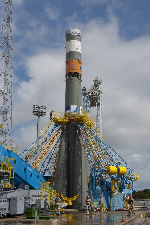 Galileo: Die ersten Satelliten starten in Kourou - Auf der Startrampe, noch ohne Nutzlast (Foto: S. Corvaja/Esa)