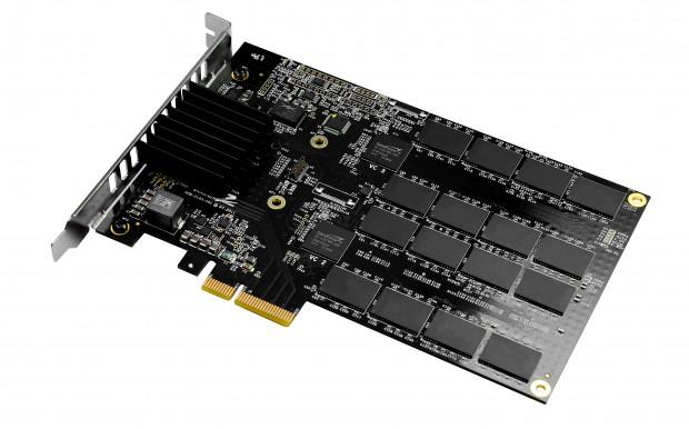 Die MaxiOPS-Modelle der Revodrive-3-PCIe-SSDs liefern bis zu 245.000 IOPS (Bild: OCZ)