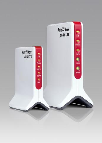 LTE-Fritzboxen 6810 (l.) und 6842 (r.)