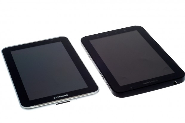 Links das neue Galaxy Tab 7.0 Plus N