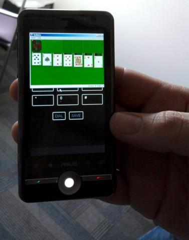 Windows 8 auf einem ARM-Smartphone von Asus