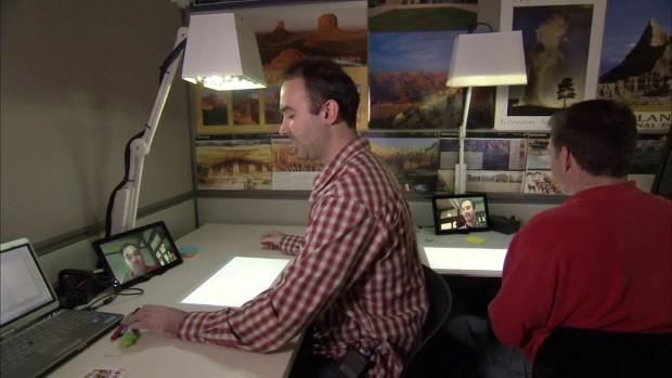 Microsoft Illumishare - zwei Schreibtische teilen eine virtuelle Arbeitsfläche.