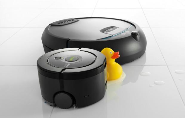 iRobots neue Wischroboter Scooba 230 (vorne) und Scooba 390 (hinten) (Bild: Hersteller)