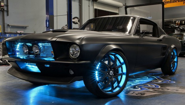 Der Micro-Stang - Microsofts und West Coast Customs' umgebauter Ford Mustang (Bild: Microsoft)
