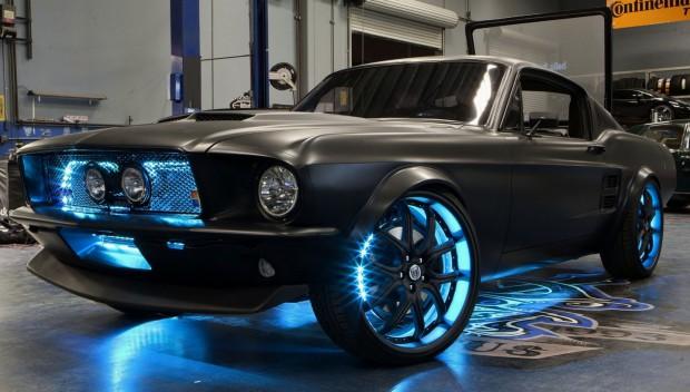 Der Micro-Stang - Microsofts und West Coast Customs' umgebauter Ford Mustang (Bild: Microsoft)
