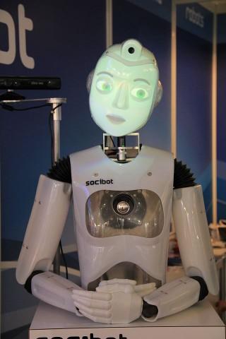Socibot ist ein Kommunikationsroboter des britischen Unternehmens Engineered Arts. (Foto: Werner Pluta/Golem.de)