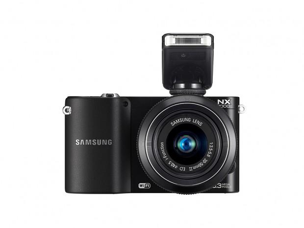 Samsung NX1000 in Schwarz (Bild: Samsung)