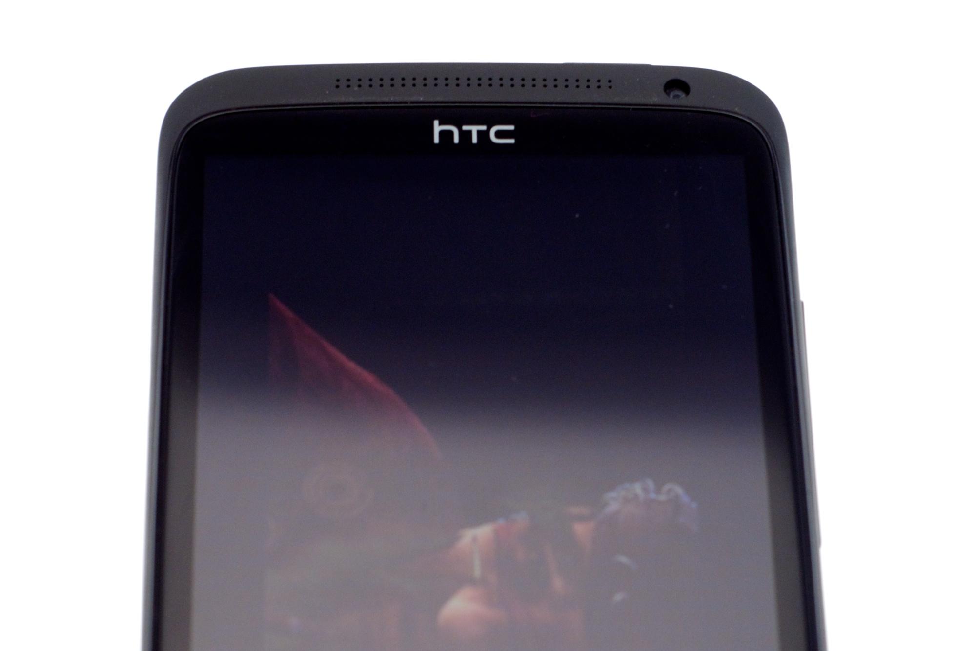 Test HTC One XL: Smartphone-Leichtgewicht mit LTE - HTC One XL