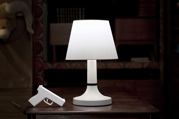 Bang! - eine japanische Lampe, ... (Bild: Bitplay)