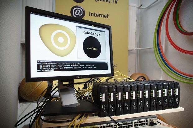 Kabel Deutschland - mit 12 Modems und Kanalbündelung auf 4,7 GBit/s (Bild: KD)