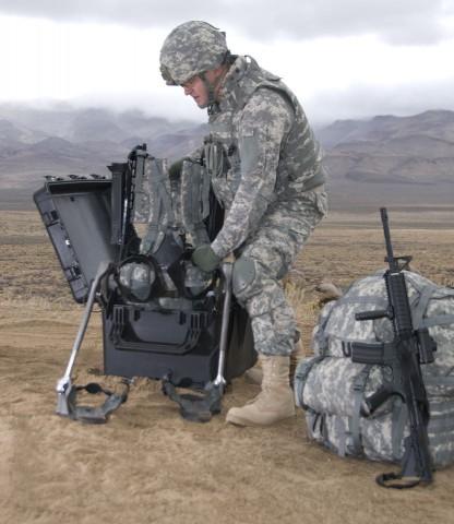 Lockheed Martins Exoskelett Hulc - hier in der ersten Version von 2010 (Foto: Lockheed Martin)