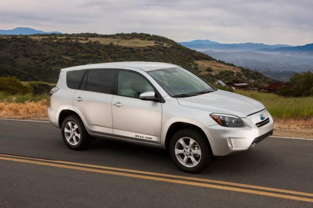 Toyotas Elektro-SUV RAV4 EV  (Bild: Toyota)