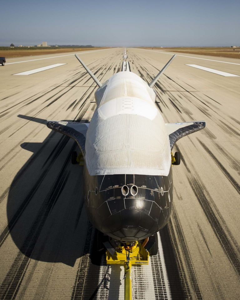 Raumfahrt: Unbemanntes US-Raumfahrzeug X-37B startet wieder - X-37B Orbital Test Vehicle (OTV) ist ein von Boeing entwickeltes, unbemanntes Raumfahrzeug. (Foto: Boeing)