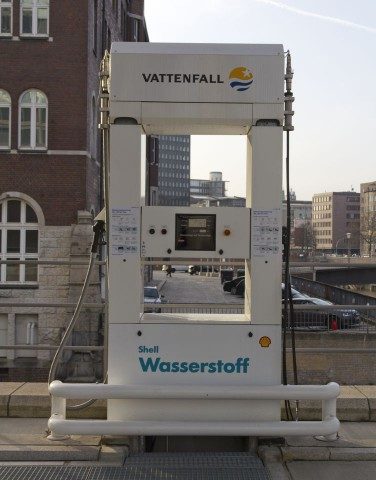 Eine von 14: Wasserstofftankstelle in der Hamburger Hafencity (Foto: Werner Pluta/Golem.de)