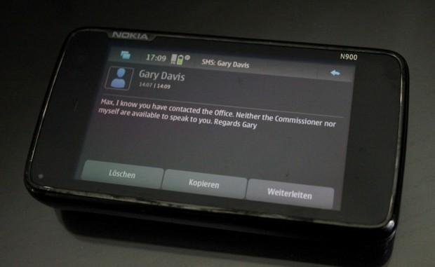 SMS von Gary Davis an Max Schrems