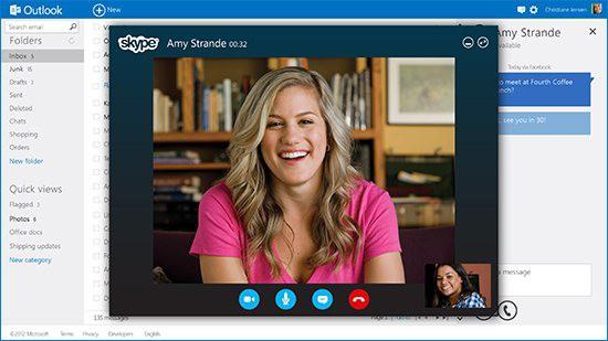 Outlook.com mit Skype (Bild: Microsoft)