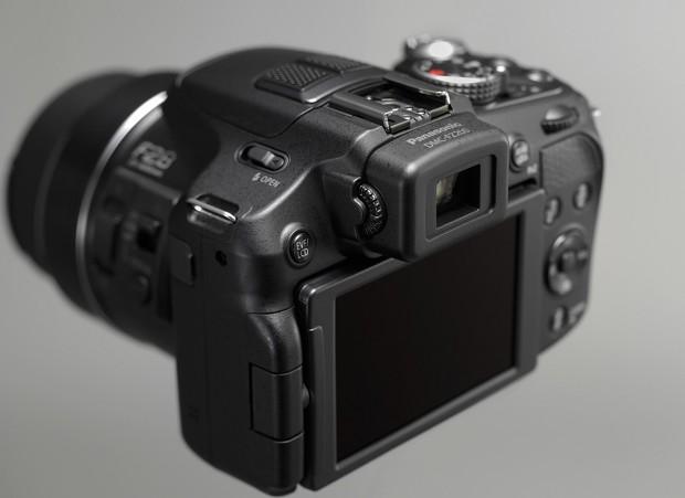 Panasonic Lumix DMC-FZ200 (Bild: Panasonic)