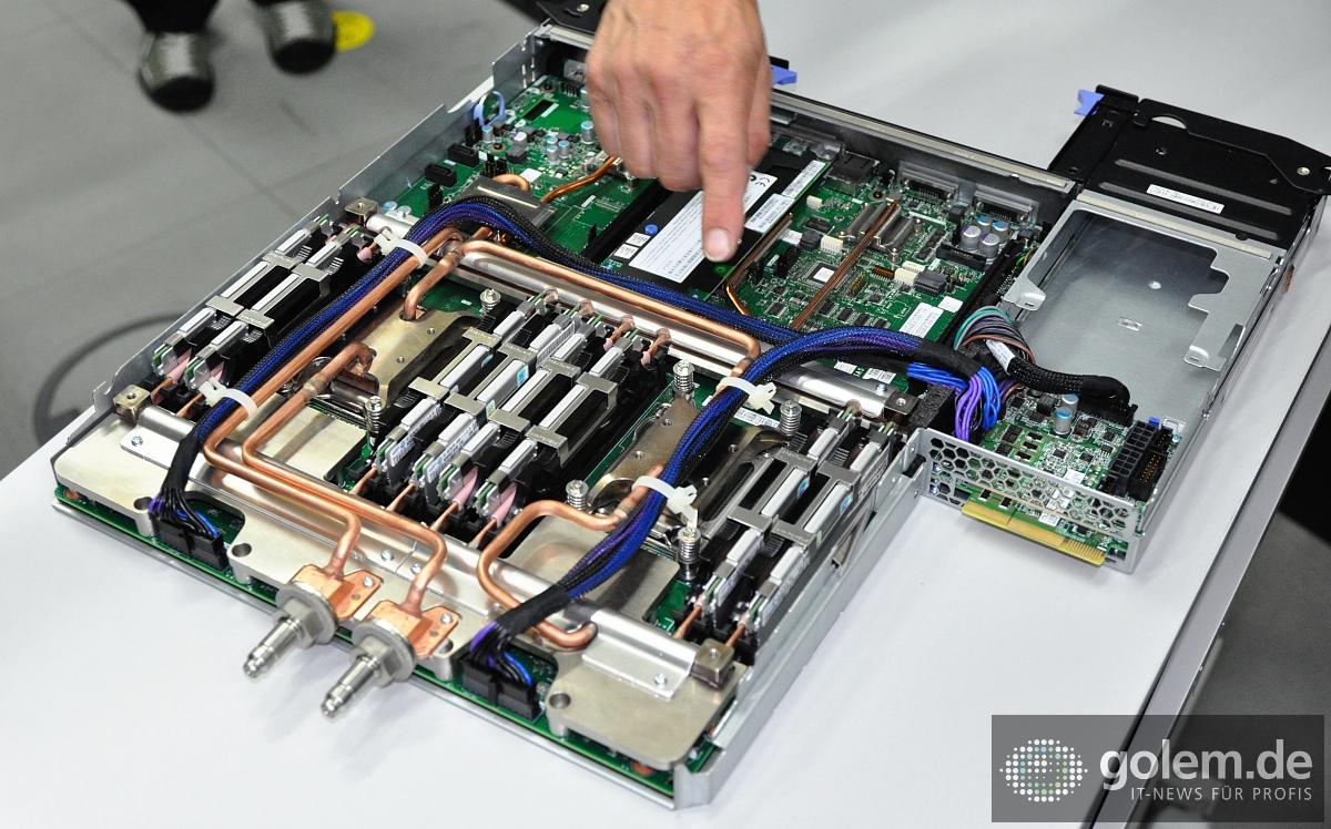 SuperMUC am LRZ: Europas schnellster Computer von innen ...