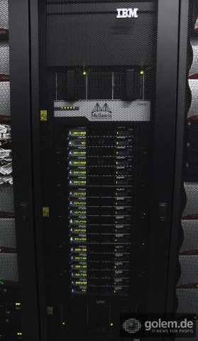 Mellanox-Switches verbinden die Racks des SuperMUC