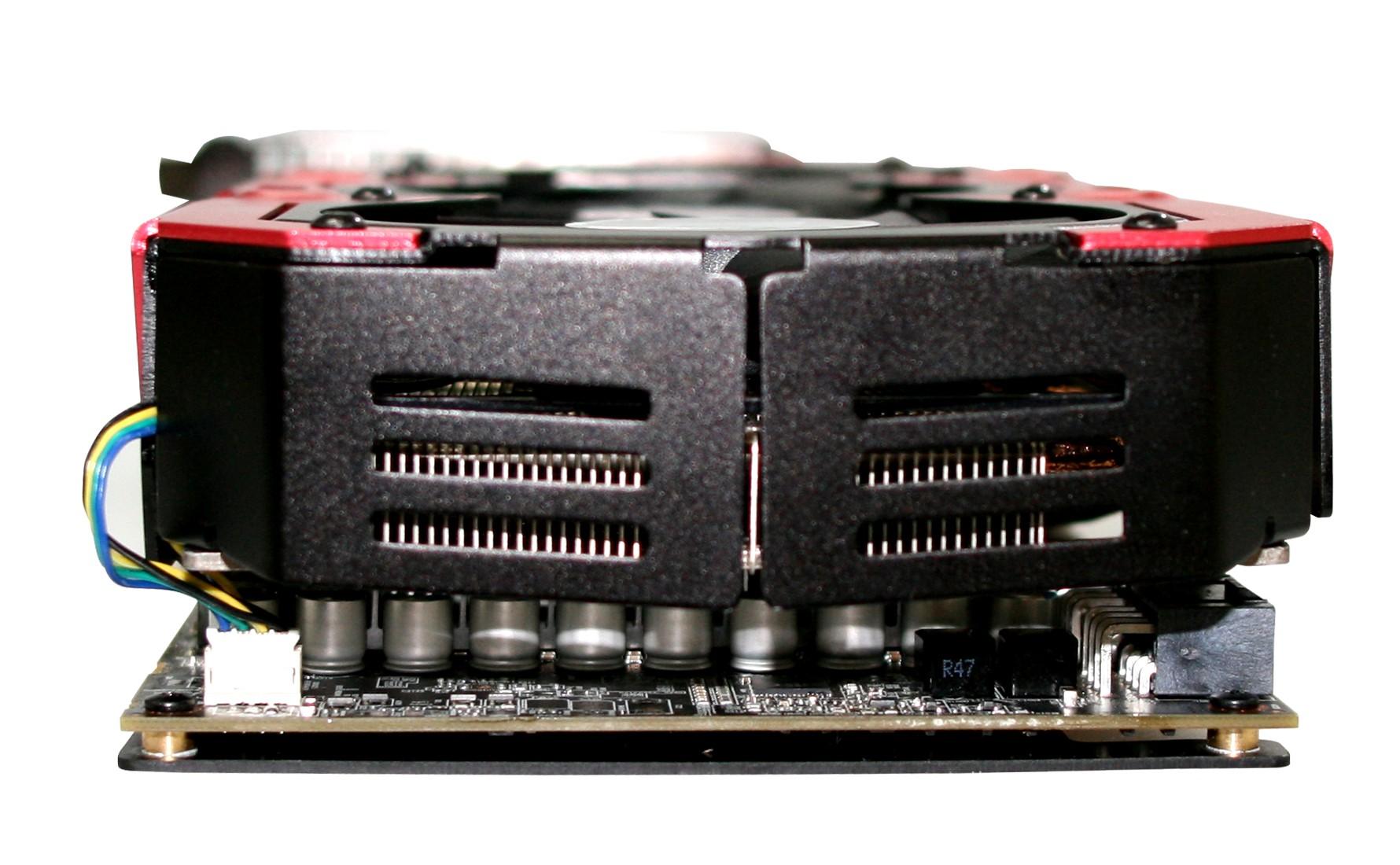 Powercolor Devil 13 HD7990: Grafikkarte mit zwei Tahiti-XT-GPUs bald erhältlich - Powercolor Devil 13 HD7990 - Vorderseite (Bild: Hersteller)