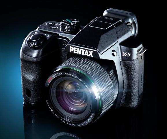 Pentax X-5 (Bild: Pentax)