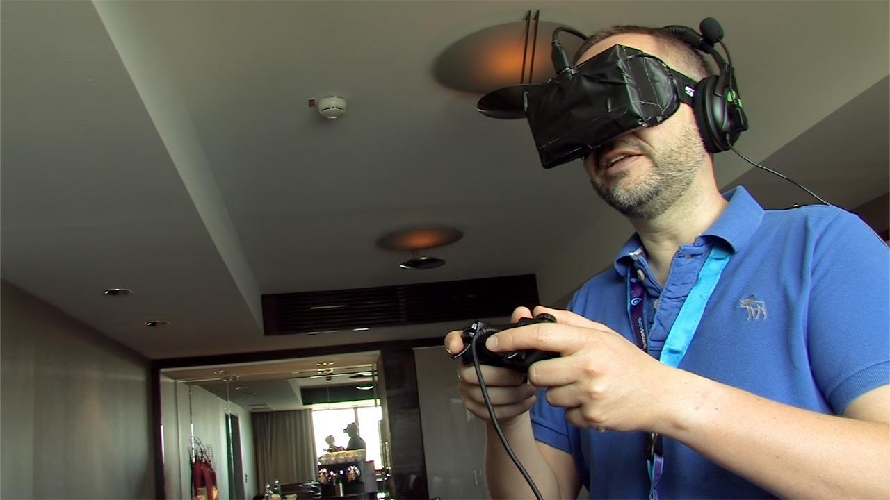 Oculus Rift ausprobiert: Das Holodeck am Rhein - Geschaut wird mit der Oculus Rift - gesteuert mit dem Gamepad. (Foto: dp)