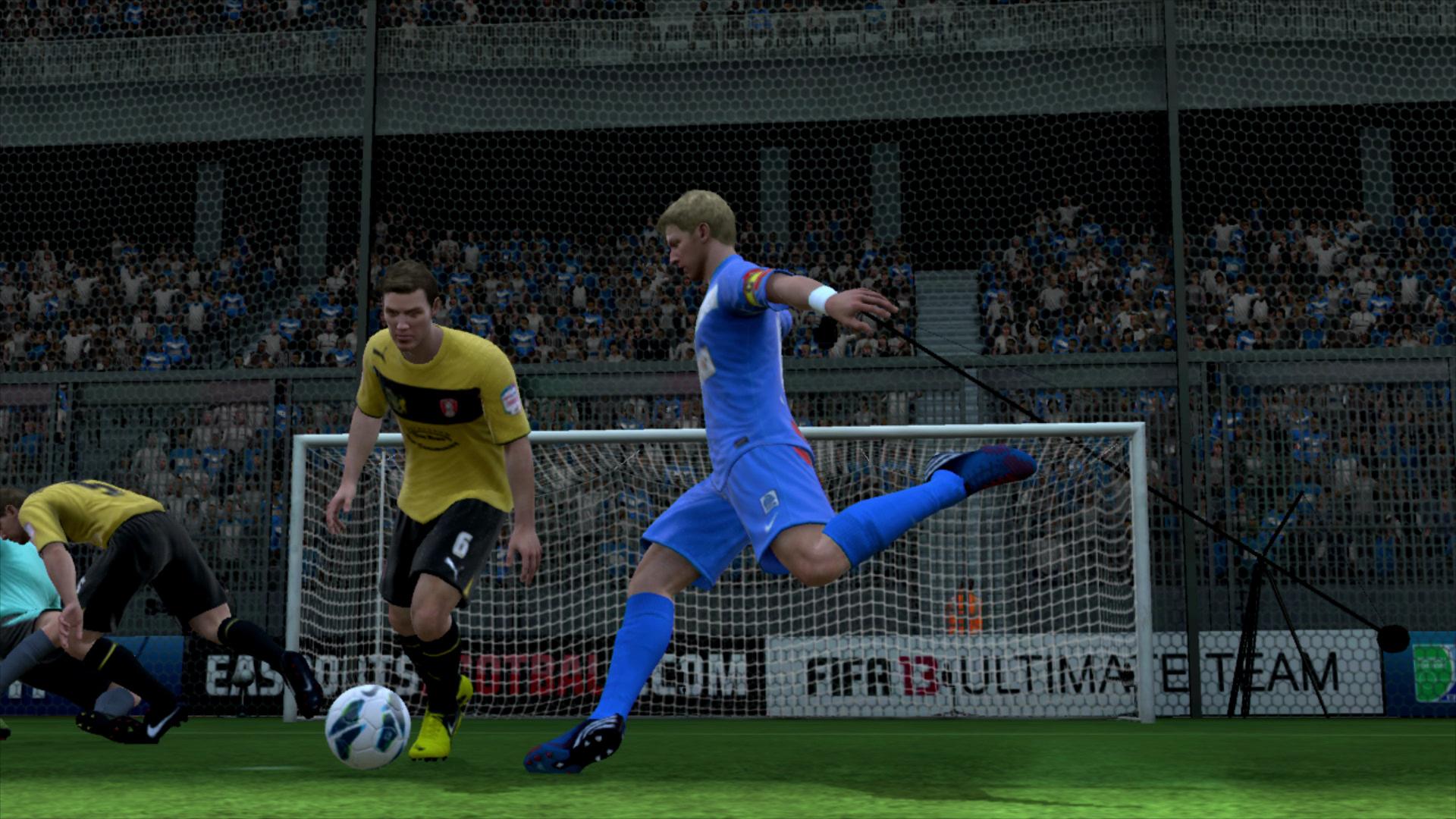 Test Fifa 13: Mehr Realismus dank Stolperfußball? - Vorbildliche Schusshaltung