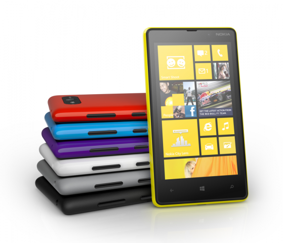 Lumia 820 (Quelle: Nokia)