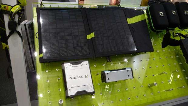 Goal Zero Sherpa 50 - mobiler Akku für die Stromversorgung auch von Notebooks mit Solarenergie (Bild: ck)