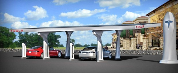 Supercharger: Die Schnellladestation von Tesla Motors wird mit Solarstrom betrieben. (Bild: Tesla Motors/Screenshot: Golem.de)