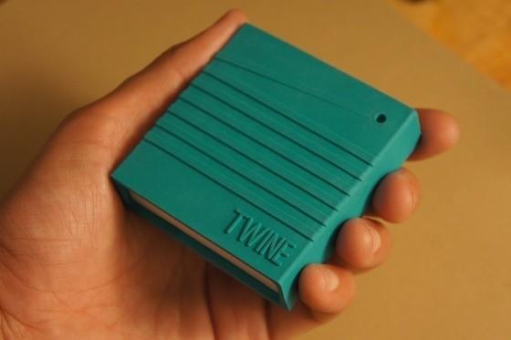 Twine - eine kleine Box mit Sensoren und WLAN zum Einbinden von beliebigen Dingen ins Internet (Bild: Supermechanical)