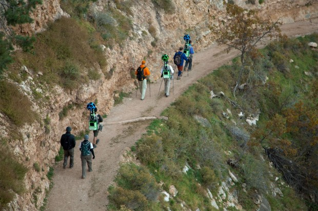 Die Wandergruppe auf dem Bright Angel Trail am südlichen Rand des Grand Canyon (Bild: Google)