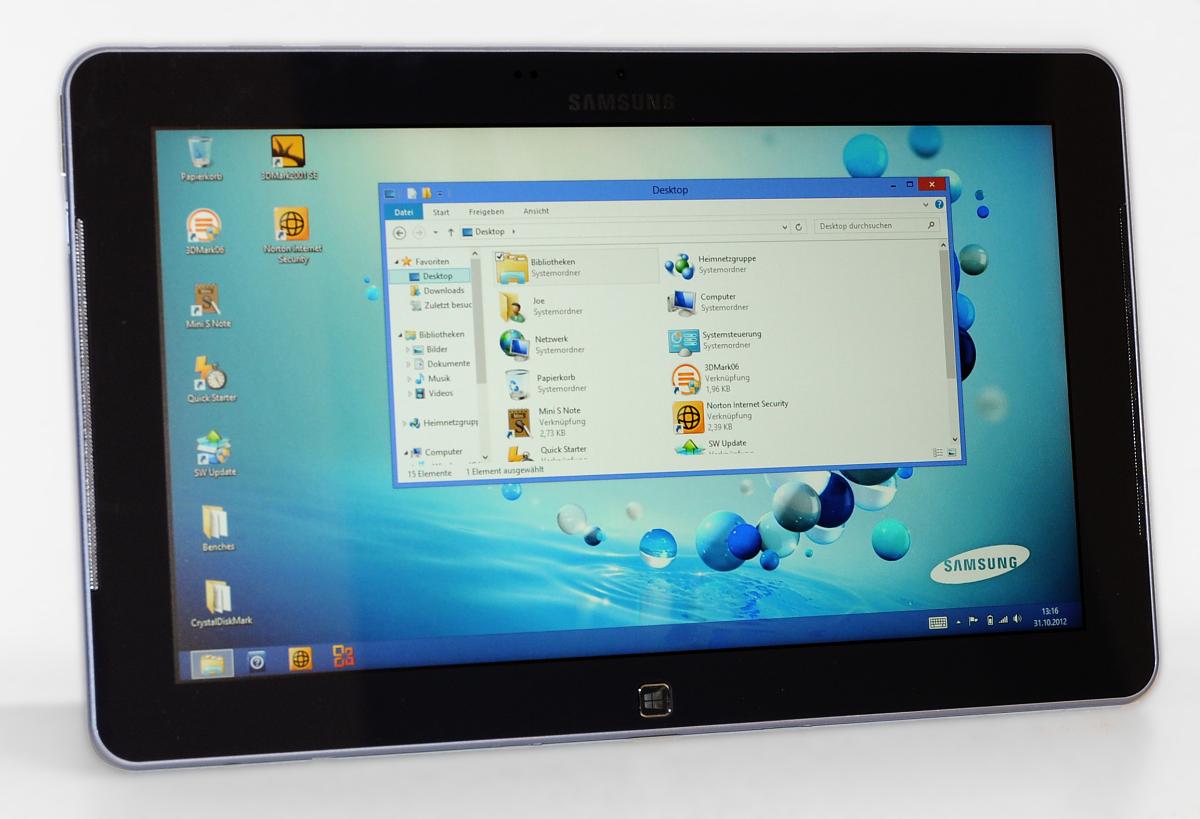 Samsung Ativ Smart PC im Test: Windows 8 und Atom im Tablet - das Beste aus beiden Welten? - Windows 8 mit klassischem Desktop... (Fotos: Nico Ernst)