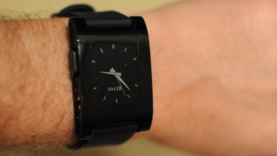 Pebble - funktionsfähiges Muster der Smartwatch (Bild: Pebble Technology)