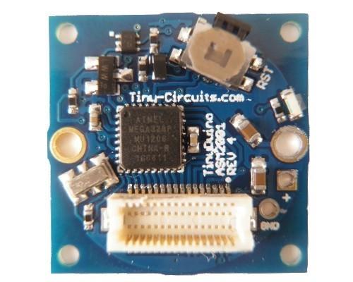 Tinyduino - Arduino-kompatibler Minirechner mit 20 x 20 mm Platinenabmaß bei der eckigen Version (Bild: Tinycircuits)