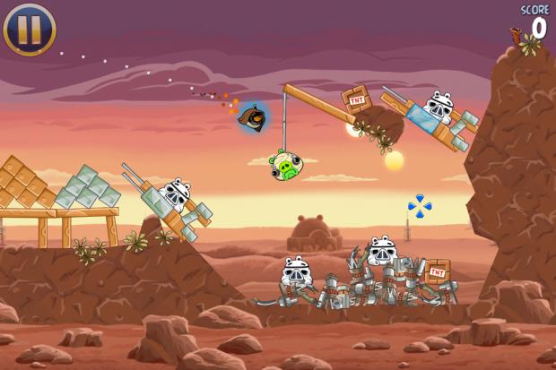 Auf Tatooine greift ein Jedi-Vogel das Schweine-Imperium an.