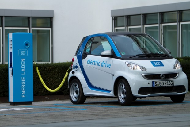 Smart Fourtwo Electric Drive bei Car2go (Bild: Daimler)