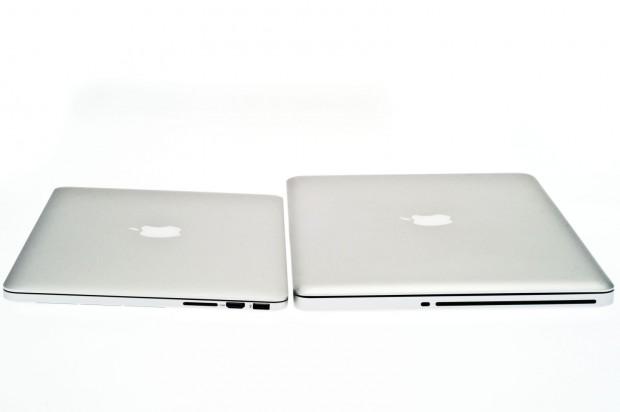 Ein altes Macbook Pro 15 ist deutlich dicker als die Retina-Modell.